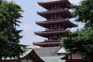 The Five-Storied Pagoda https://commons.wikimedia.org/wiki/File:20100725_Tokyo_Five-storied_Pagoda_Sensoji_5379.jpg